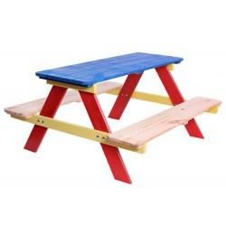 Drewniany, ogrodowy stolik dziecięcy z ławkami