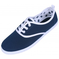 Basic navy blue trainers