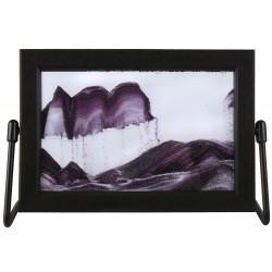 Obraz w formacie 15×21 cm, oprawiony w ramę  plastikową  z metalową  podstawką z fioletowym piaskiem