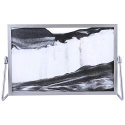 Obraz w formacie 19×30 cm, oprawiony w ramę aluminiową z podstawką metalową z czarnym piaskiem
